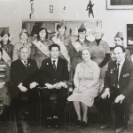 Фото на згадку після звіту шкільній комісії при Радянському комітеті ветеранів війни на чолі з Героєм Радянського Союзу Маресьєвим О.П., Москва, 1982р.