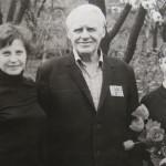 Командир 465 сп Хоменко М.Т. з сім'єю Антонюк – волонтерами інтернату, 1983 р.